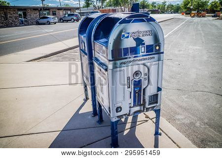 Roswell, Nm, Usa - April 21, 2018: A Postal Service In A R2-d2 Design