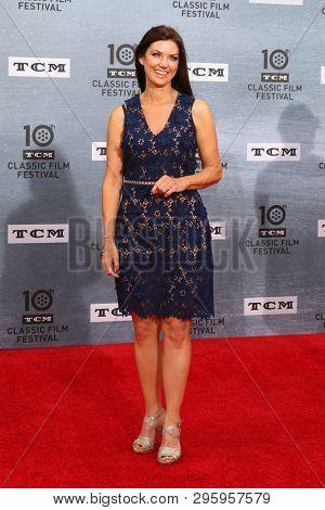 LOS ANGELES - APR 11:  Tara McNamara at the 2019 TCM Classic Film Festival Gala -