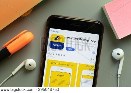 New York, United States - 7 November 2020: Postbank Bestsign App Store Logo On Phone Screen, Illustr