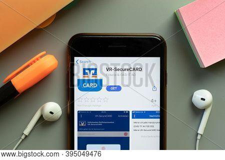 New York, United States - 7 November 2020: Vr-securecard App Store Logo On Phone Screen, Illustrativ