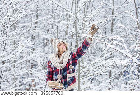 Winter Outfit. Woman Wear Warm Accessories Stand In Snowy Nature. Winter Fashion Collection. Winter