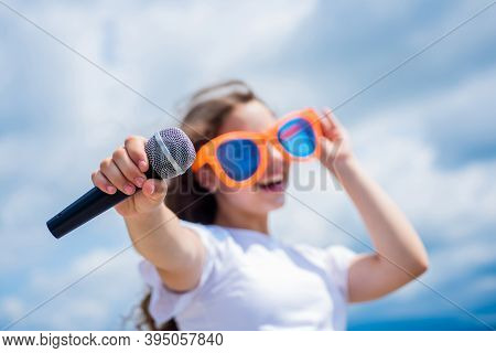 Make Your Voice Louder. Music And Life. Teen Girl Singing Song With Microphone. Having A Party. Happ