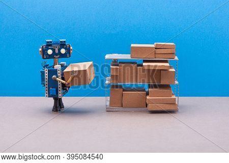 Robot Packer Storekeeper Sorts Parcels On Shelves. Futuristic Robotics Worker, Storage Rack With Mix