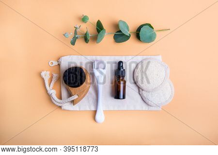 Home Self-care Kit For Face Massage. Dry Lymphatic Drainage Brush, Derma Mezoroller, Loofah Pads, Na