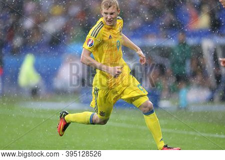 Lyon, France - June 16, 2016: Viktor Kovalenko Of Ukraine Runs During The Uefa Euro 2016 Game Agains