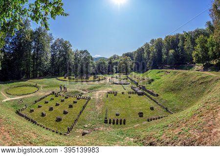 Gradistea De Munte,hunedoara County, Romania-september 22, 2020:ancient Dacian Sanctuary At The Sarm