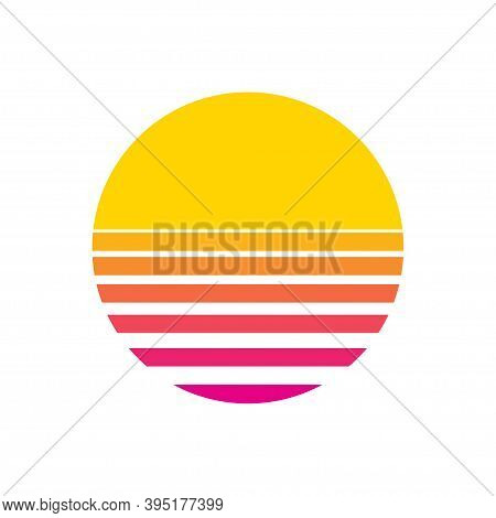 Sun Retro Sunset Or Sunrise Element 1980s Style. Retrowave Sun Flat Design Banner Isolated Illustrat