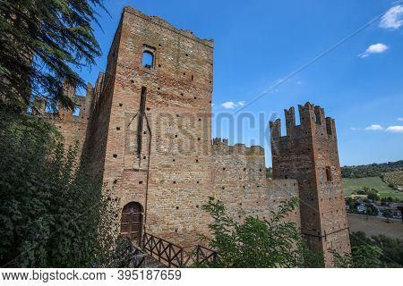 Castell 'arquato, Italy, August 25, 2020 - The Castle Of The Medieval Town Of Castell'arquato, Piace