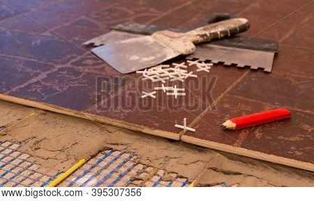 Ceramic Tiles For Warm Floors, Trowel Trowel Pencil
