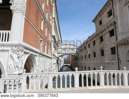 Incredible View Of The Bridge Of Sighs In Venice Without Any Tourists Because Of Epidemics Coronavir