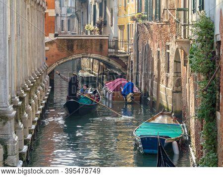 Venice, Veneto, Italy - November 22, 2016: Sightseeing On The Rio Dei Miracoli