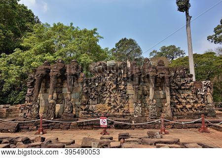 The  Elephant Terrace In Ancient Angkor. On A Pedestal, There Are Sculptures In The Form Of Elephant