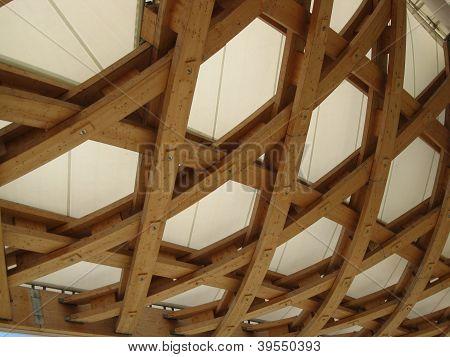 wooden roof of centre Pompidou, Metz