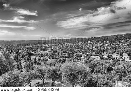 Scenic View In The Town Of Saint-paul-de-vence, Cote D'azur, France. It Is One Of The Oldest Medieva