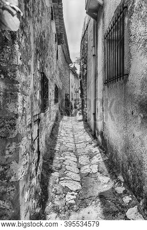 Walking In The Picturesque Streets Of Saint-paul-de-vence, Cote D'azur, France. It Is One Of The Old