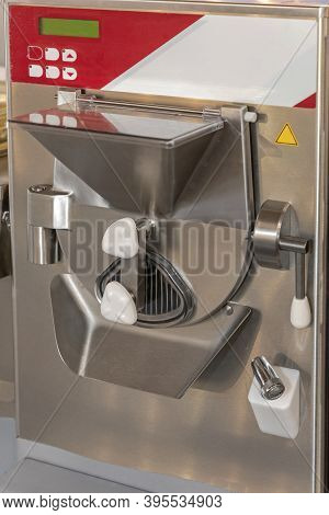 Ice Cream Batch Freezer Dairy Processing Machine