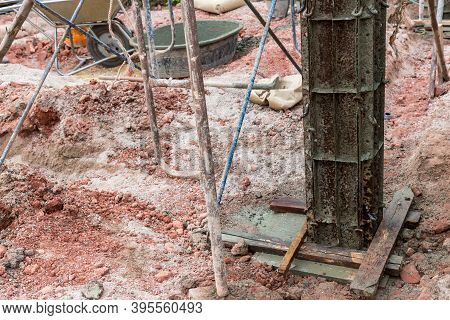 Column Formwork Internal Steel Structure Made Up Of Poles From The Ground. Column Timber Form Work A