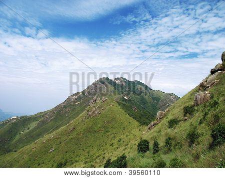 nailing ridge under the sky