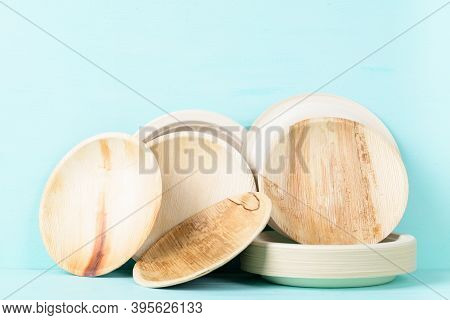 Biodegradable, Compostable, Disposable Or Eco Friendly Utensil Plate On Pastel Color Background, Sus