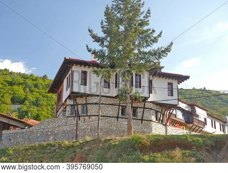 Old Macedonian Village, Traditional Architecture