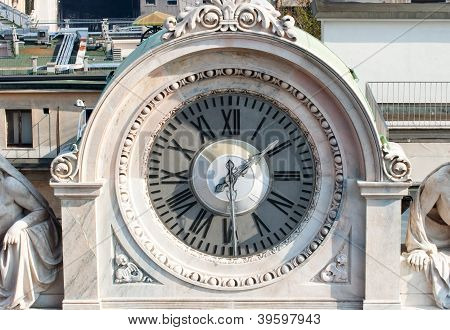 Clock, Marble Sculpture