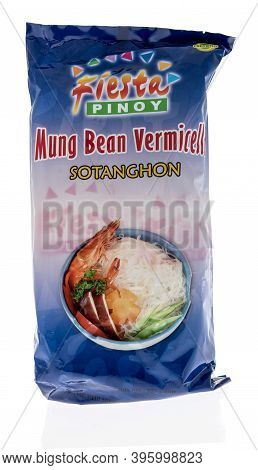 Winneconne, Wi -27 October 2020:  A Package Of Fiesta Pinoy Mung Bean Vermicell Sotanghon On An Isol