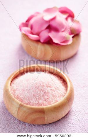 Bath Salt With Rose