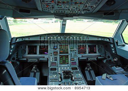 Airbus A 340 - Cockpit