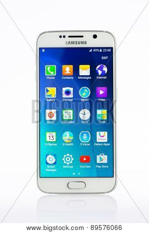 Studio Shot Of A White Samsung Galaxy S6 Smartphone