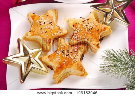 Star Shaped Puff Pastries With Mushroom Fiiling For Christmas