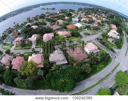 Suburban Homes In Florida