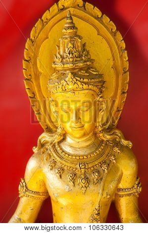Large Golden Buddha Goldleaf Roof Buddhist Culture And Life Style Temple Statues Asia