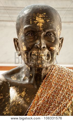 Large Golden Buddha Head Buddhist Culture And Life Style Temple Statues Asia