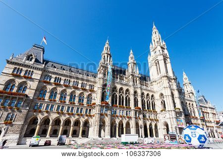 The Rathaus (town Hall) In Vienna