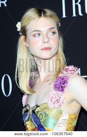 LOS ANGELES - OCT 27:  Elle Fanning at the