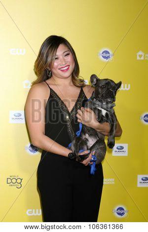 LOS ANGELES - JAN 10:  Jenna Ushkowitz, Bear at the CW Network presents