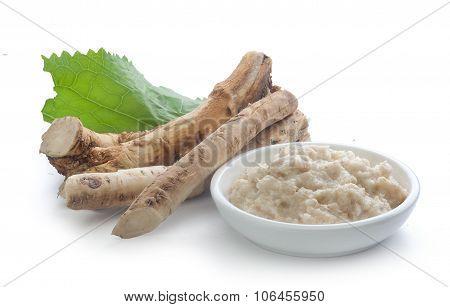 Horseradish's Root And Grated Horseradish