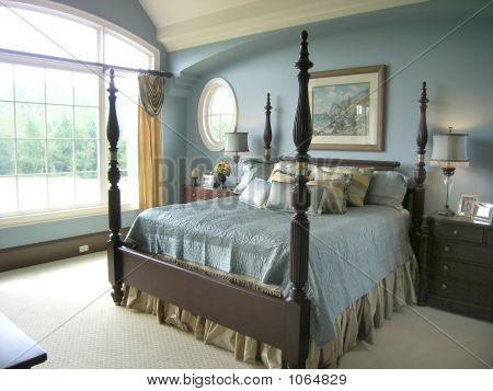 Luxury 41 Bed Room