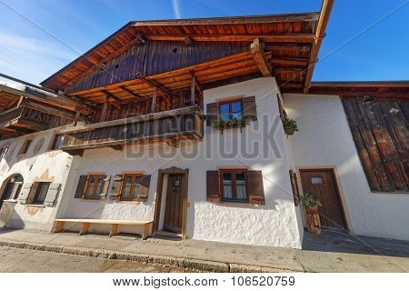 Enchanting Upper Bavarian-styled Houses In Garmisch-partenkirchen