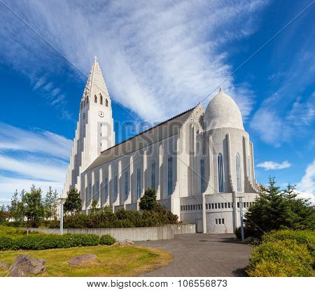 The largest church in Iceland, Hallgrimskirkja is a Lutheran parish church located in central Reykjavik