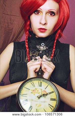 Alice With Clock