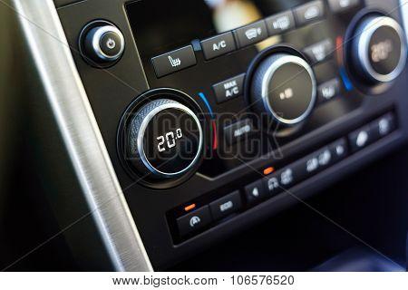 Air Conditioning Knob Showing Optimal Temperature