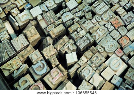 English Alphabet Letters And Other Signs In Sets With Keystrokes Of Classical Typography