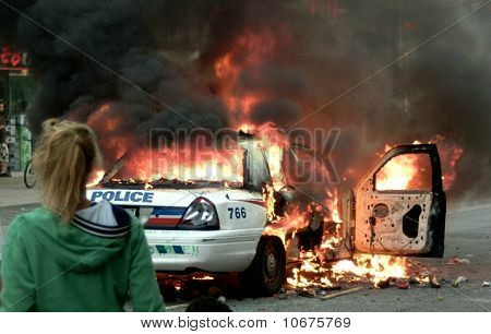 G20 riot Toronto police car on fire