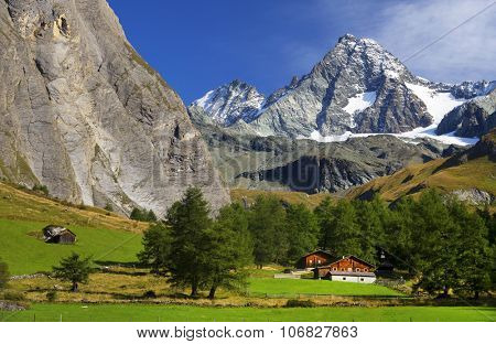 South side of Mount Grossglockner, Hohe Tauern National Park, Austrian Alps, Austria poster