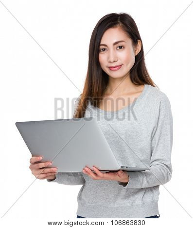 Young woman use of the noteboook computer