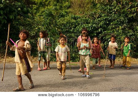 Poor Asian Children, Dirty, Sunburst, Illiterate