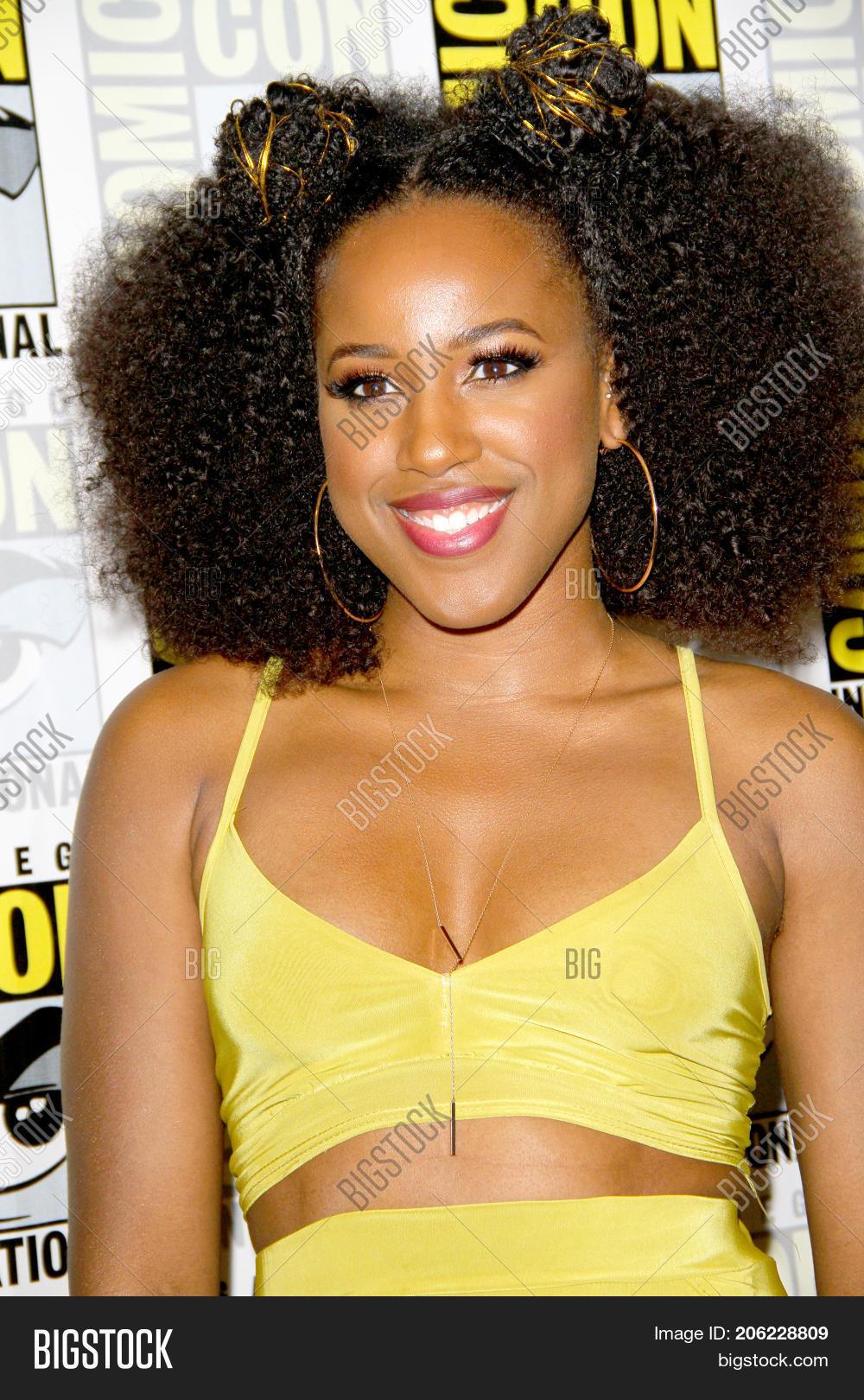Ashanti Bromfield celebritypictures wiki