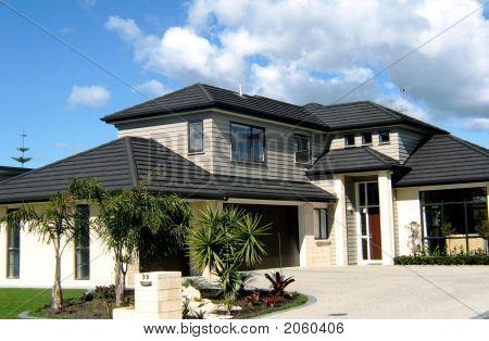 House 001