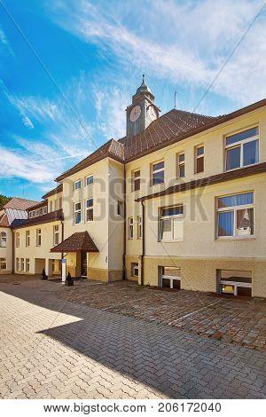 Building In Bolsternang